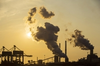 Holland;Netherlands;Ijmuiden;climate-change;global-warming;carbon-footprint;C02;carbon-dioxide;greenhouse-gas;smoke;smoke-stack;chimney;air-quality;air-pollution;polluting;pollution;sky;Tata;steel;steel-works;works;plant;infrastructure;emissions;sun;sunset