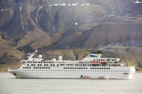 Longyearbyen-Spitsbergen-Svalbard-Arctic-Arctic-Circle-weather-m