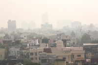Calcutta;Bengal;India;bulding;structure;shoddy;run-down;dirty;dilapidated;city;city-scape;landscape;air;air-quality;poor-air-quality;smog;pollution;polluted;visibility;poor-visibility;toxic;fumes;exhaust;emissions;climate-change;global-warming