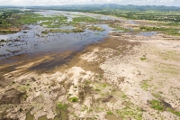 Malawi;Africa;flood;floods;flooding;African;disaster;climate-change;global-warming;refugee;Shire-Valley;destroyed;destruction;river-bank;eroded;erosion;washed-away;flood-debris;farming;agriculture;subsistence;Shire-River;aerial;aerial-photography;flood-debris;sand