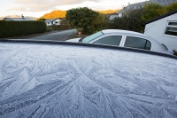 cold;frigid;season;winter;frost;freezing;frosty;pattern;frost-pattern;blue;roof;car;Ambleside;Cumbria;UK;ice;icicle;ice-pattern;shape;pattern;form;art;Lake-district;hill;peak;shade