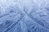 cold;frigid;season;winter;frost;freezing;frosty;pattern;frost-pattern;blue;roof;car;Ambleside;Cumbria;UK;ice;icicle;ice-pattern;shape;pattern;form;art