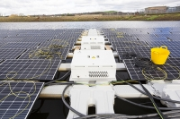 Hyde;Manchester;UK;United-Utilities;reservoir;water;water-supply;drinking-water;solar;solar-power;solar-farm;floating;floating-solar;solar-panel;PV;photo-voltaic;electricity;green;clean;carbon-neutral;climate-change;global-warming;innovative;novel;floats;renewable-energy;yellow;wire;cable;connection