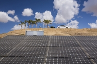 USA;US;America;California;drought;climate-change;global-warming;Kern-County;Kern-River;Bakersfield;car-park-college;shade;solar;solar-power;slar-panel;PV;photo-voltaic;electricty;renewable;renewable-energy;cloud;sky;palm-tree