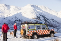 winter;cold;snow;mountain;hill;Lake-District;Cumbria;UK;Land-Rover;car;mountain-rescue;stuck;bog;bogged-down;marshy;soft-ground;grounded;Bow-Fell;dog;Border-Collie;search-dog;rescue-dog