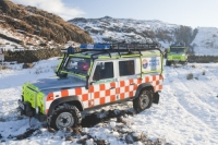 winter;cold;snow;mountain;hill;Lake-District;Cumbria;UK;Land-Rover;car;mountain-rescue;stuck;bog;bogged-down;marshy;soft-ground;grounded;Bow-Fell;whinch;whinching